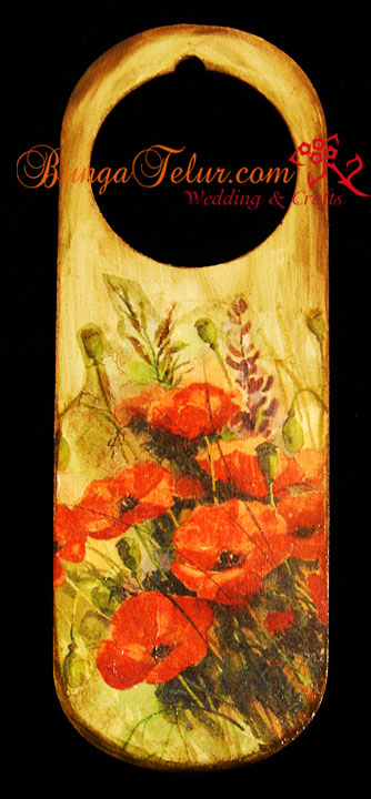 door-hanger-red-poppy
